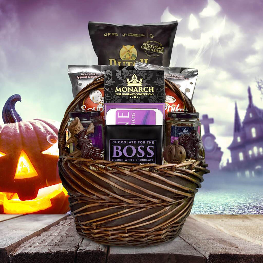 Halloween gift baskets yorkvilles usa trick or treaters dream gift basket negle Gallery