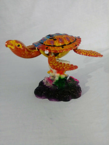 Sea Turtle on a Stand - armazonee Store
