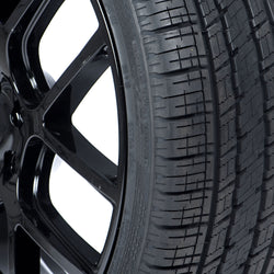 Image Vercelli Strada 4 All Season Tire - 305/45R22 118V