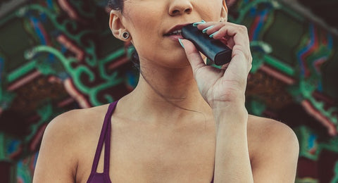 PAX 3 features lip-sensing technology for customized vapor production.