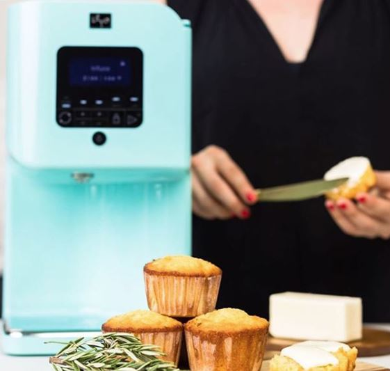 LEVO 2 Oil Infuser with muffins