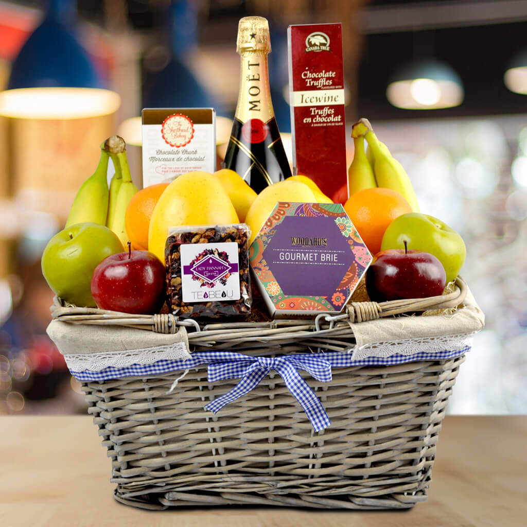 Champagne gift baskets garden champagne shop basket hazeltons usa solutioingenieria Image collections