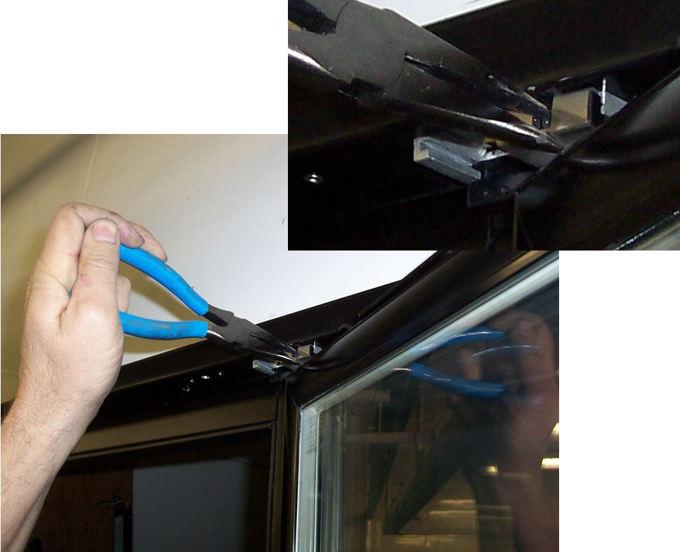 Remis America Glass Display Doors Installation and Service Manual Hinge pin spring clip