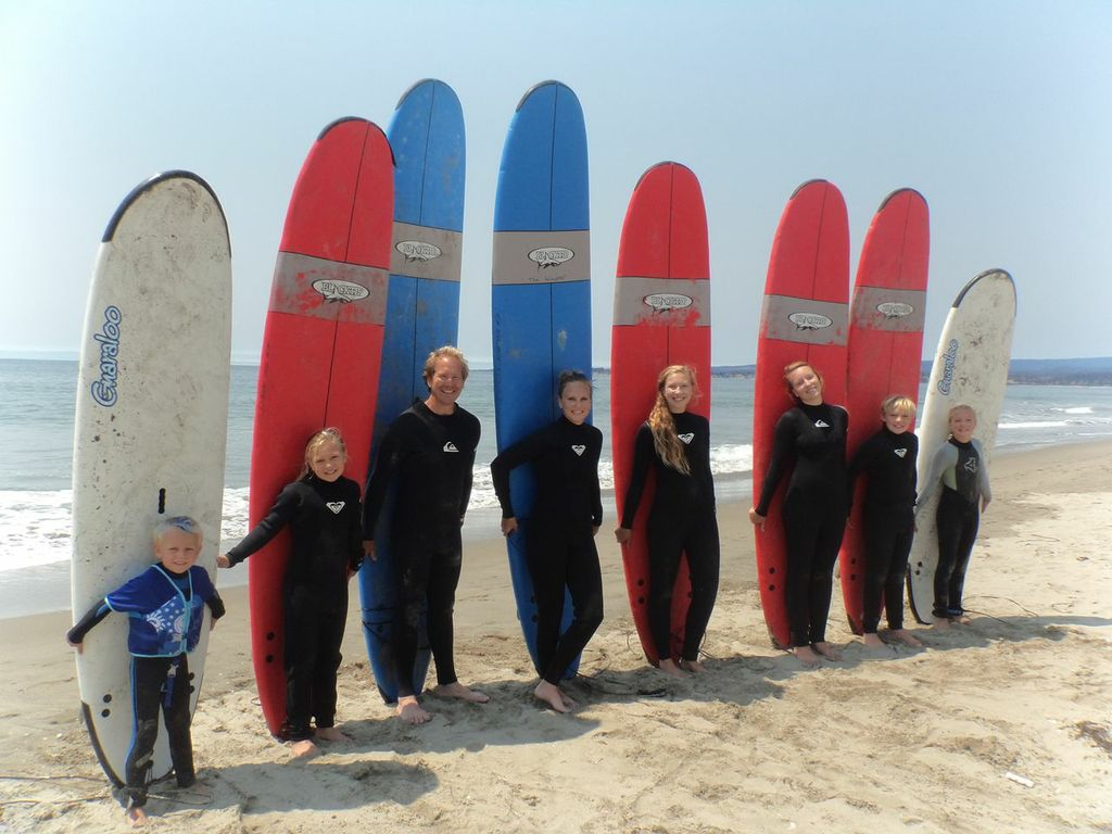 trufamily goes surfing