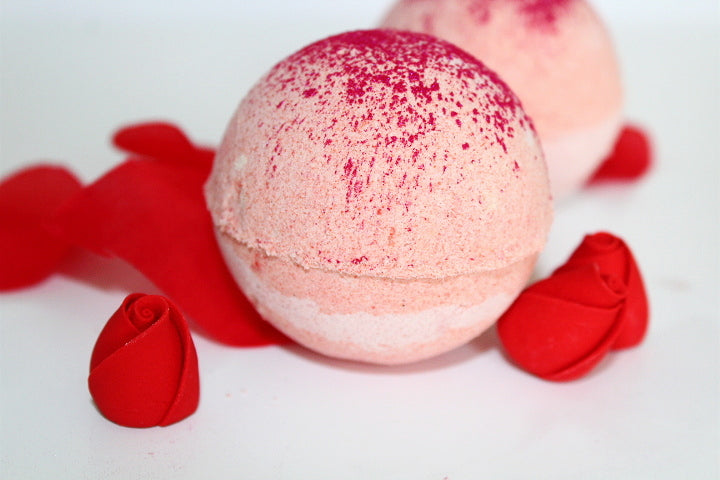 Enchanted Rose bath bomb