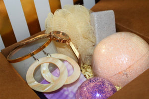 The Deluxe Monthly Glam box - Cece's Sensations