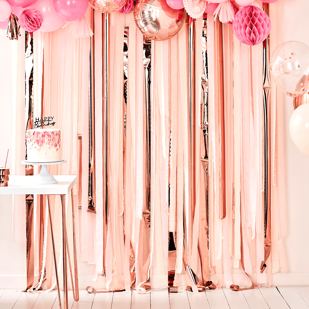Backdrop de Papel Crepe Rosas y Rose Gold - 20 pzas Cortinas Ginger Ray