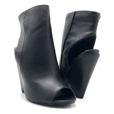 Bamboo Involve-07m Black Color Heels Both Shoes together, Women Shoes