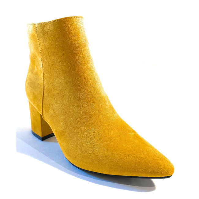 Bamboo Rapid-01 Mustard Color Boots Right Side View, Women Shoes