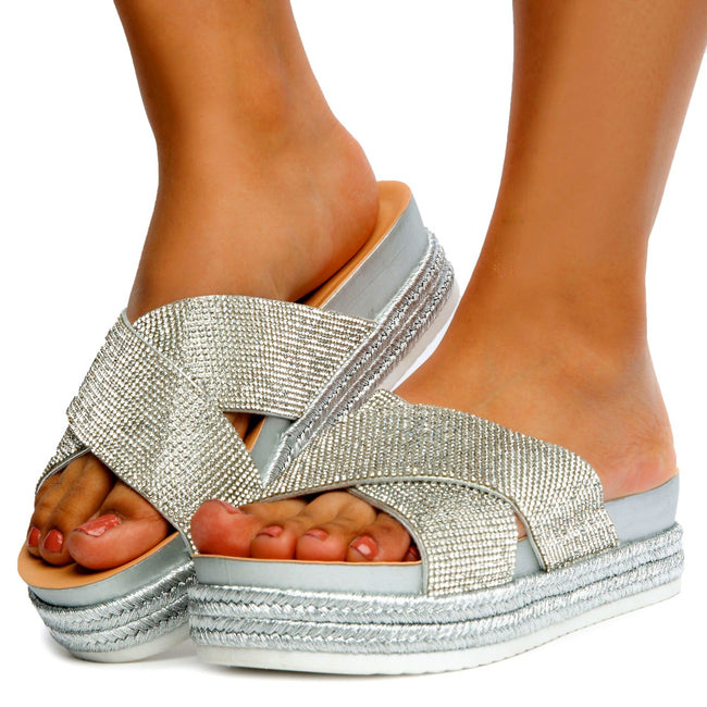 Forever Lakota-37 Silver Color Flat-Sandals Front View, Women Shoes
