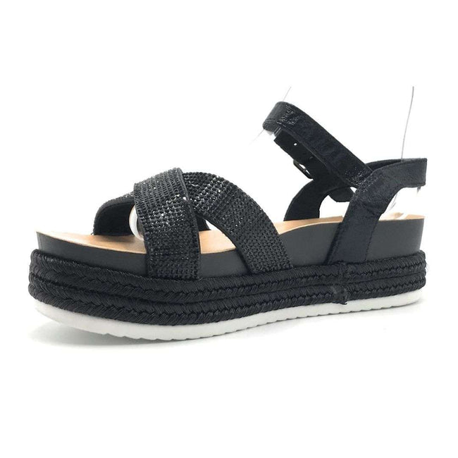 Forever Lakota-47 Black Color Flat-Sandals Shoes for Women