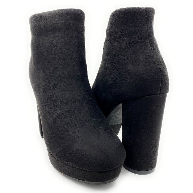 Forever Link Serlin-66 Black Color Boots Both Shoes together, Women Shoes