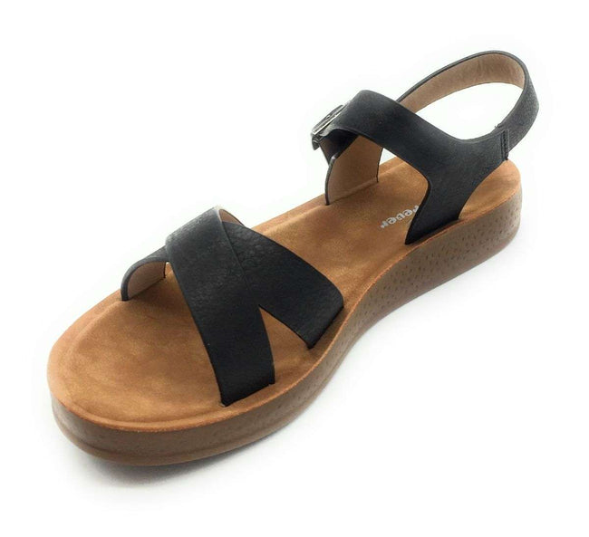 Forever Reform-8 Black Color Flat-Sandals Shoes for Women