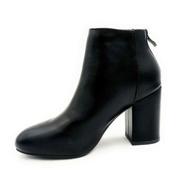 Forever Rosie-33 Black PU Color Boots Right Side View, Women Shoes