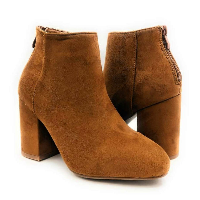 Forever Rosie-33 Tan SU Color Boots Both Shoes together, Women Shoes