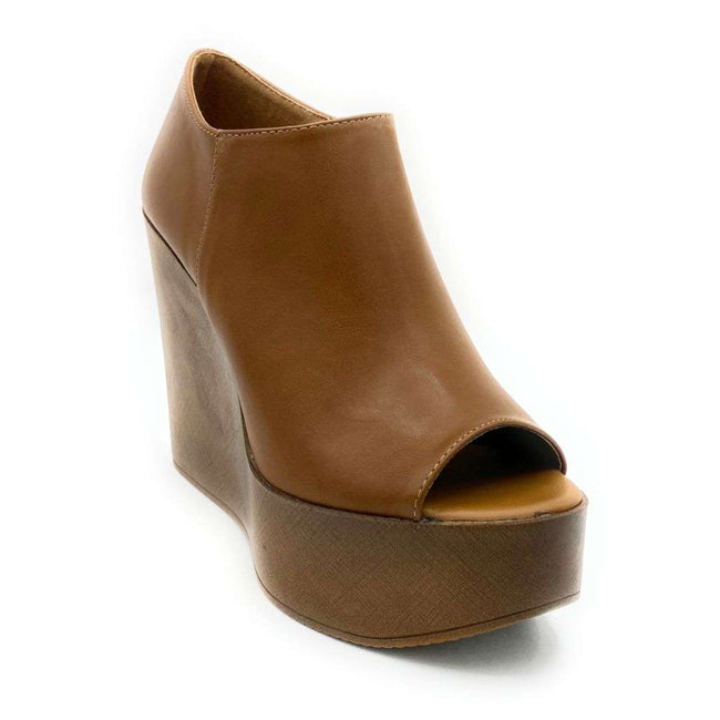 Refresh Vicki-01 Tan Color Wedge Shoes for Women