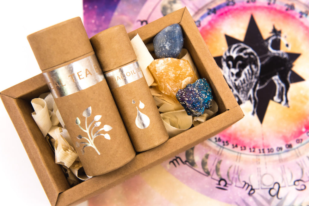 August Mini MoonBox (Manifest)