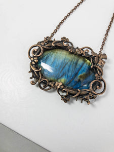 artistic framed labradorite necklace