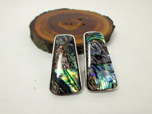 Load image into Gallery viewer, abalone shell earrings
