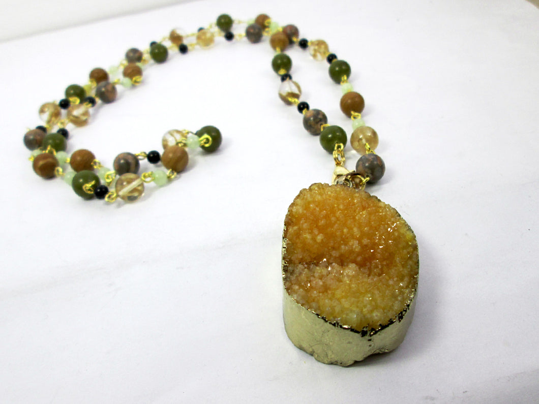 chunky yellow stone necklace
