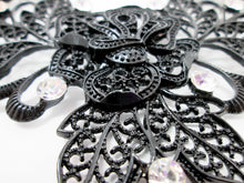 Load image into Gallery viewer, black rose necklace closeup