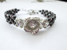 Load image into Gallery viewer, Fancy silver Flower magnetic bracelet for woman