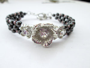 Fancy silver Flower magnetic bracelet for woman