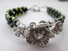 Load image into Gallery viewer, fancy silver flower magnetic bracelet with green beads