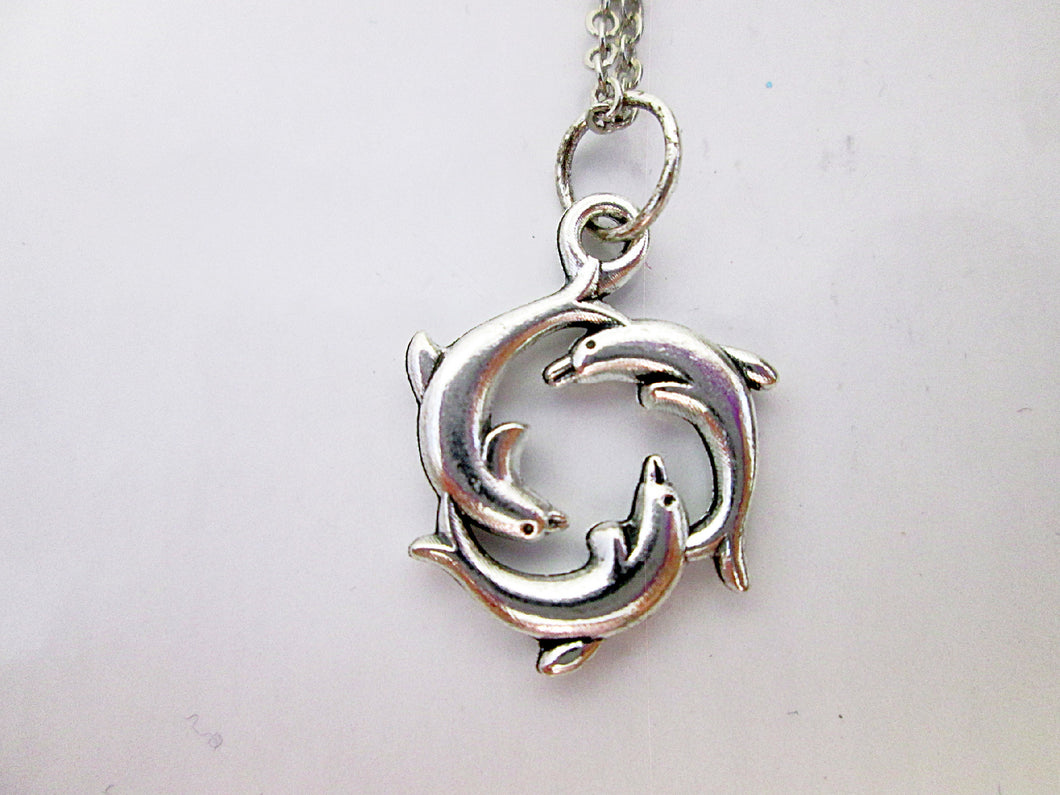 three dolphin necklace