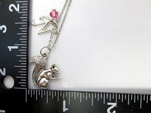 squirrel necklace with measurement