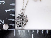 Load image into Gallery viewer, ferries wheel necklace with measurement