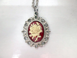 vintage style cameo rose necklace