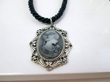 Load image into Gallery viewer, vintage style Victorian lady portrait cameo necklace
