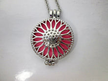 Load image into Gallery viewer, sunflower locket necklace