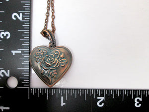 rose heart locket with measurement