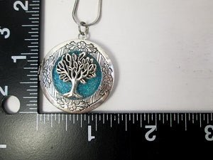 tree locket with measurement