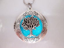 Load image into Gallery viewer, glow in the dark tree of life locket