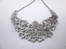 Load image into Gallery viewer, silver metal lace bib necklace