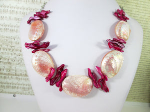 pink puffy shell necklace