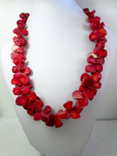 Load image into Gallery viewer, red coral necklace