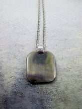 Load image into Gallery viewer, pendant on metal chain