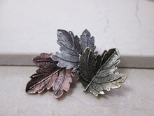 Load image into Gallery viewer, vintage style leaves brooch