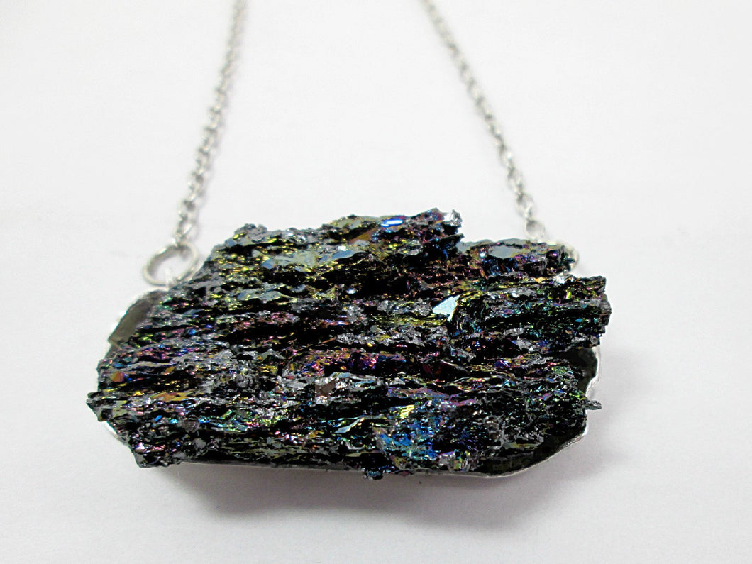 silicon carbide stone pendant