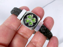 Load image into Gallery viewer, four leaf clover bracelet