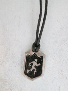 marathon runner necklace