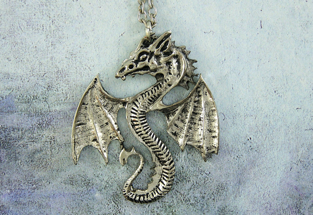 Fan Dragon necklace