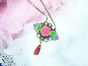 antique style flower pendant