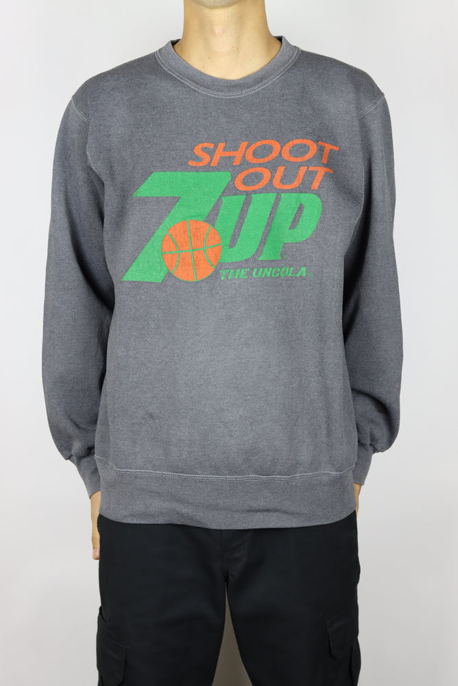 7UP Basketball Shoot Out Sweater (M)