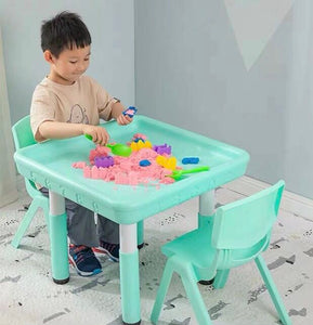 Messy Play Table