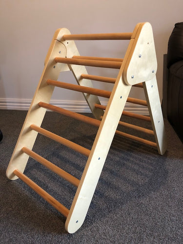 Wooden Climbing ladder
